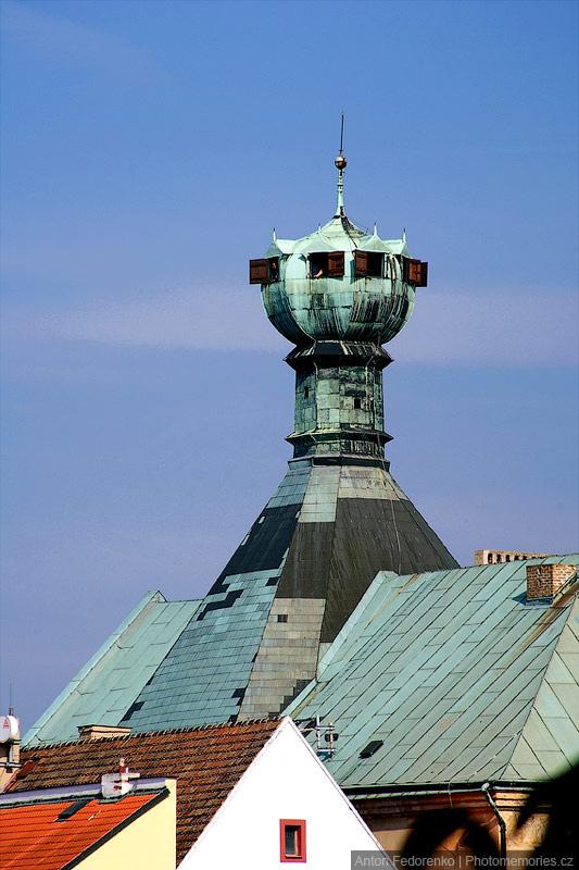 Литомержице - Своеобразная башня дома Калих